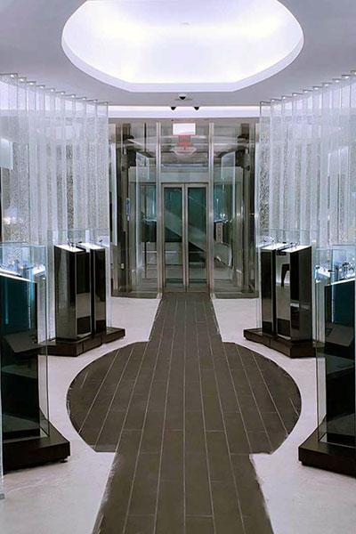 Thang máy sang trọng cho showroom