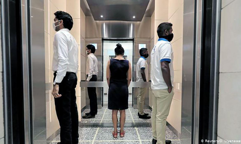 hướng dẫn phòng tránh covid 19 trong thang máy